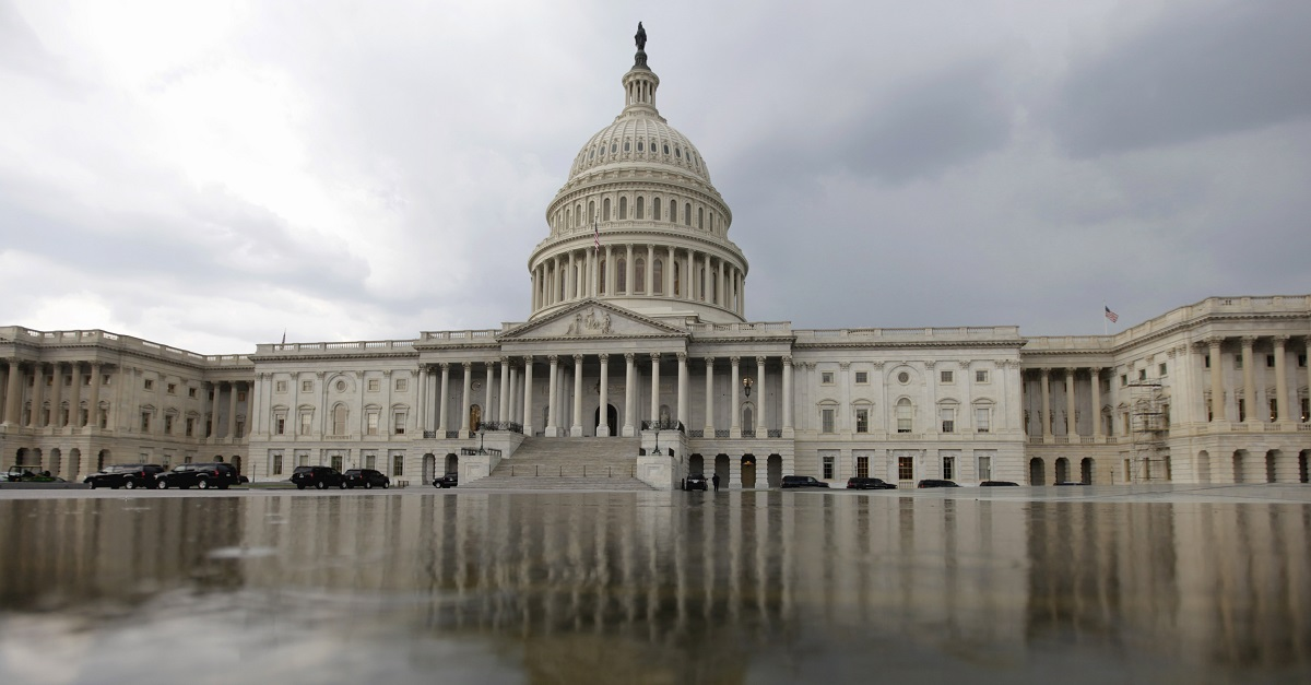Police report shots fired on west front of US Capitol